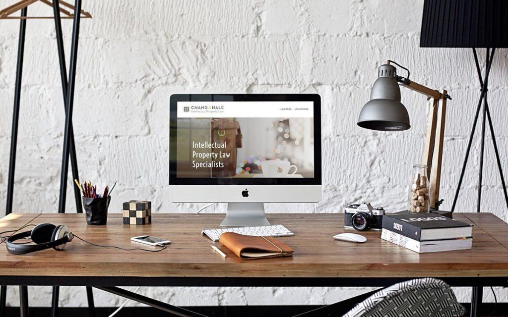 HelloSmitten's Web Design Portfolio - Chang Hale